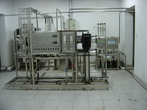 2吨医药不锈钢高纯水设备.JPG